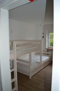 Schlafzimmer 2 - mit Etagenbett und möglichem Ausziehbett